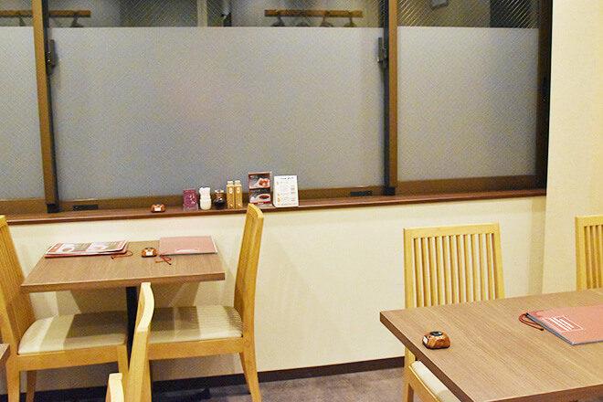 京・鴨料理はじめ 2階のテーブル席