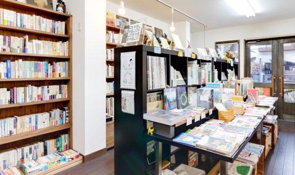 レティシア書房の店内